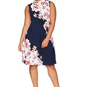 NWT Tiana B Sleeveless Floral Mock Neck Dress